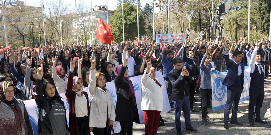 Ülkücüler 57'nci Alay için yürüdü