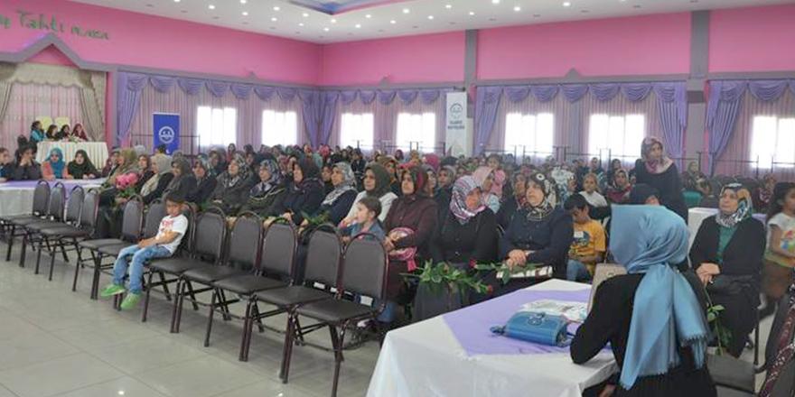Kadınlara 'güven' konferansı