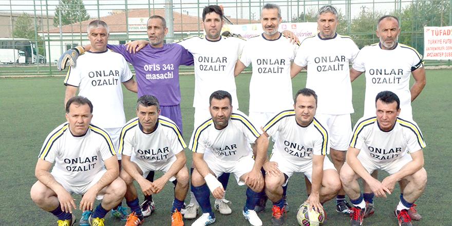 Kamil Gereçci finalde 4 – 0