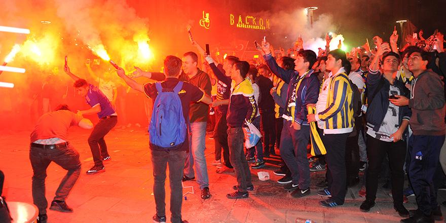 Fenerbahçe'nin şampiyonluğu kutlandı