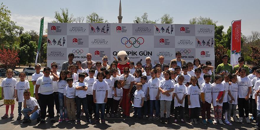 Olimpik gün koşusu yapıldı
