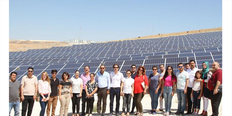 Güneş Enerji santralini gezdiler
