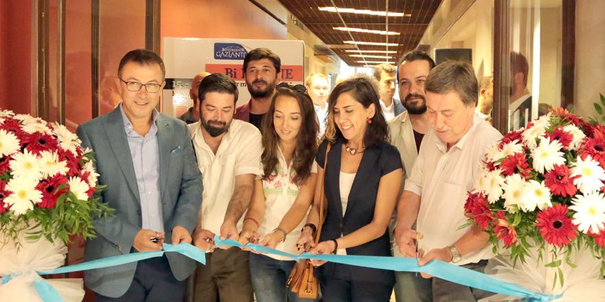 """""""Bi Düzine"""" sergisi açıldı"""