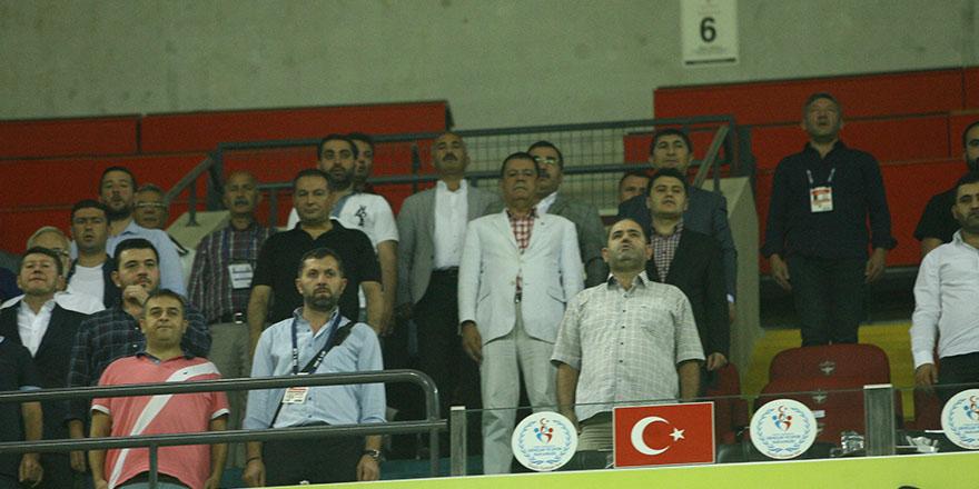 Gaziantepspor yönetimi desteğe geldi