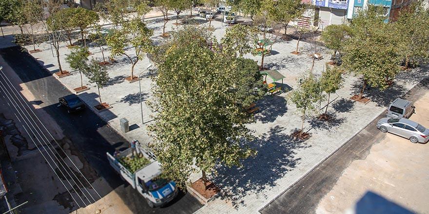 Onat Kutlar'ın parkı yenilendi