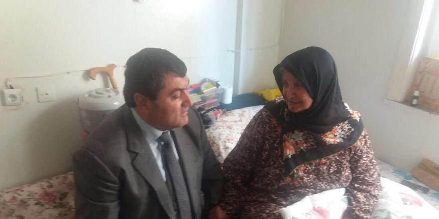 Kaymakamdan yaşlılara ziyaret