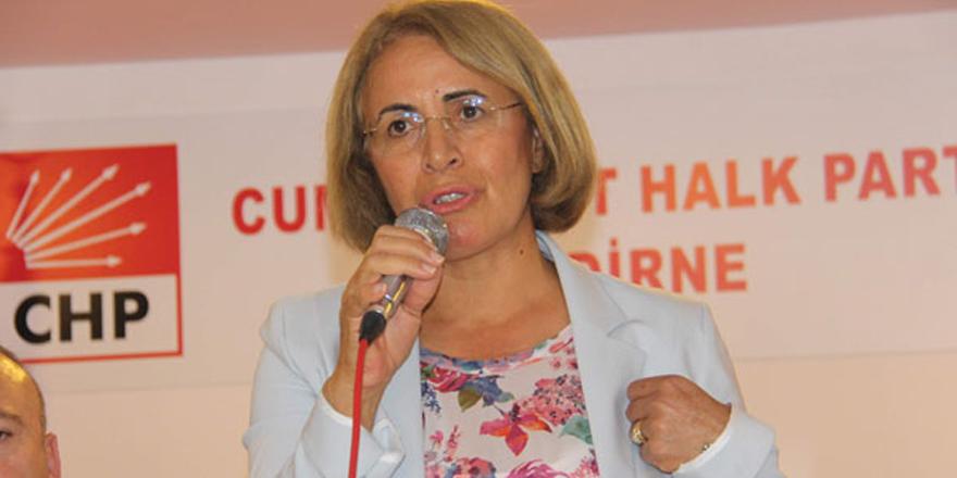 """CHP'den kadınlara """"seçim"""" eğitimi"""