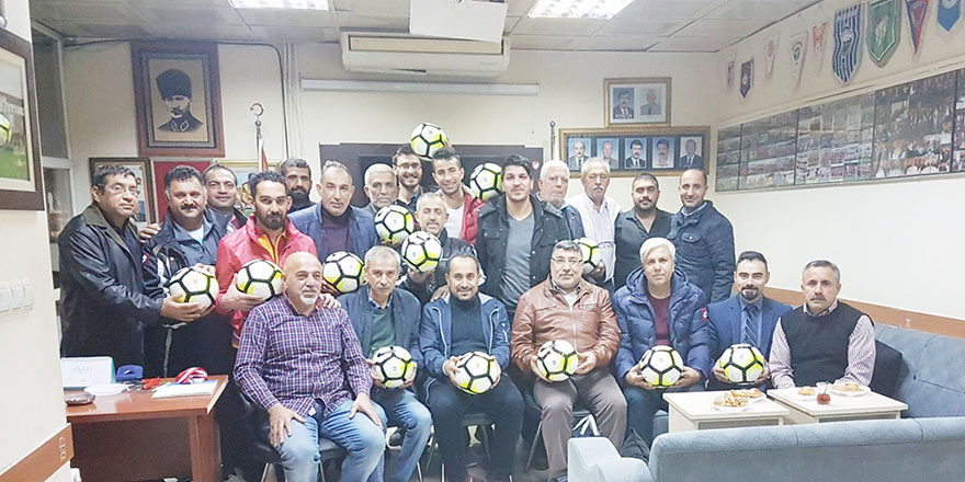 TÜFAD'tan amatörlere maç topu