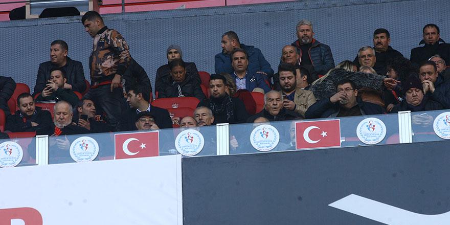 Gazişehir maçını izlediler