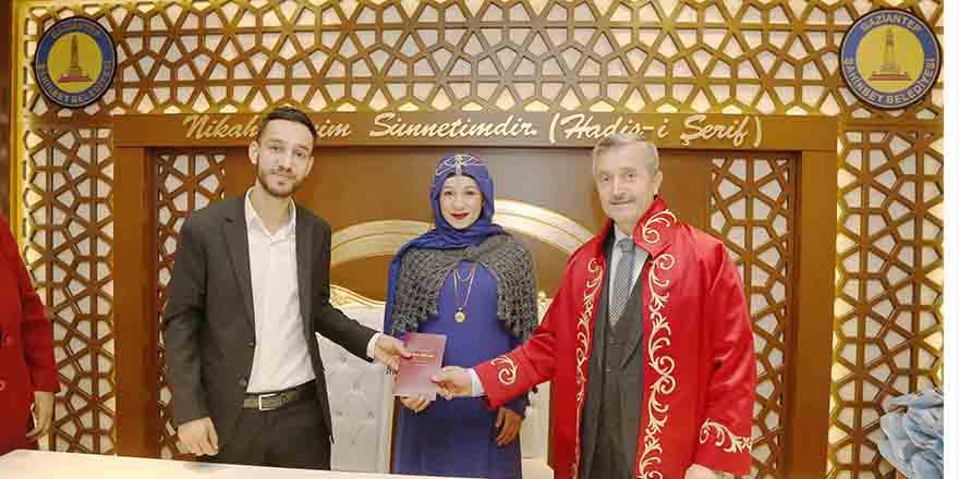 Evlendirme rekoru Şahinbey'in