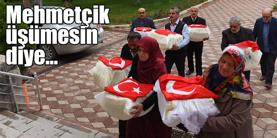 Mehmetçik üşümesin diye Afrin'e içlik yolladılar