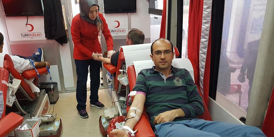 Kan bağışına destek