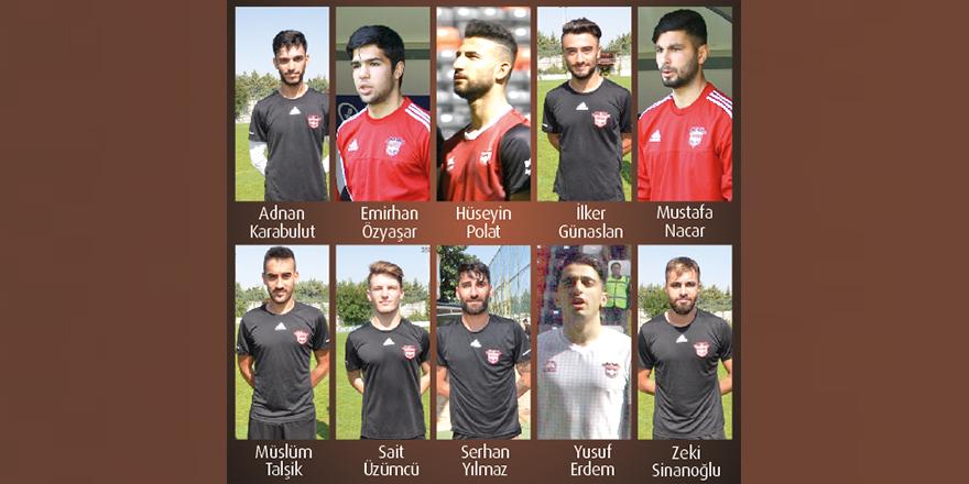 8 futbolcuyu daha kadro dışı bıraktı
