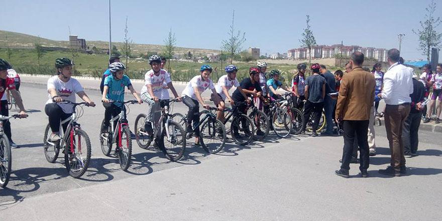 Arif Nihat Asya'da pedallar şampiyonluğa çevrildi