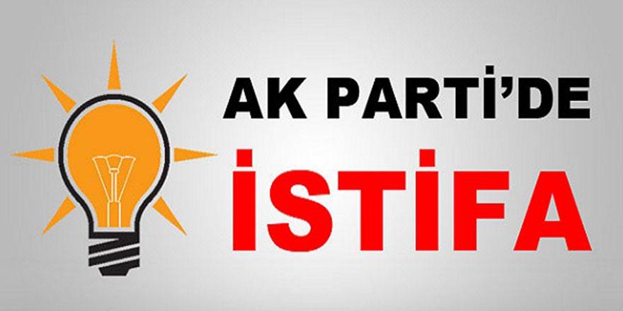 AK PARTİ'DE İSTİFA