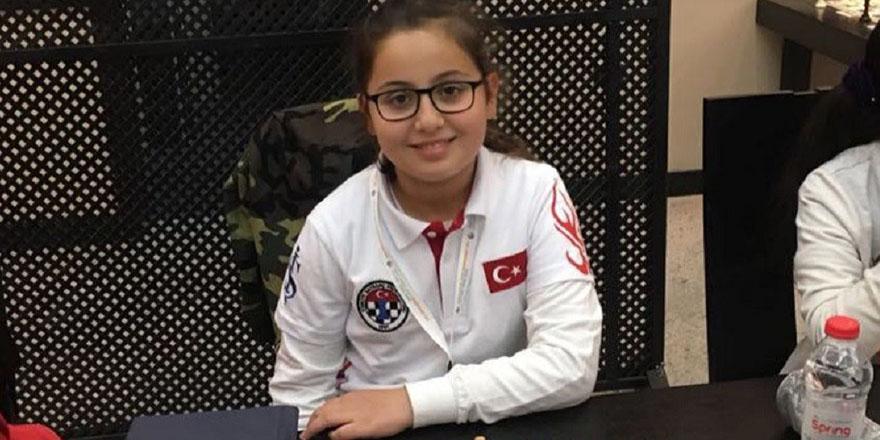 GKV'li Dila Baloğlu'ndan Dünya derecesi
