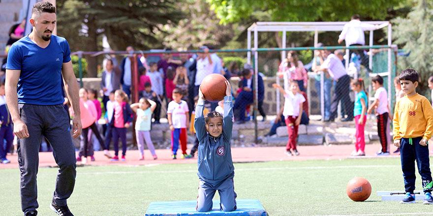 GAÜN'de spor eğitimi verildi