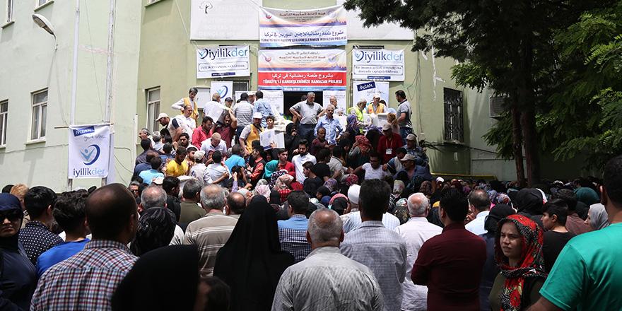 2 bin aileye ramazan yardımı