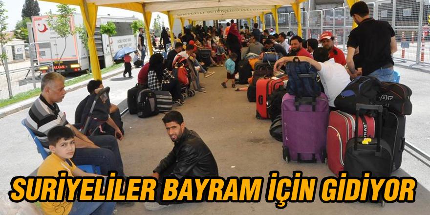 Suriyeliler bayram için gidiyor
