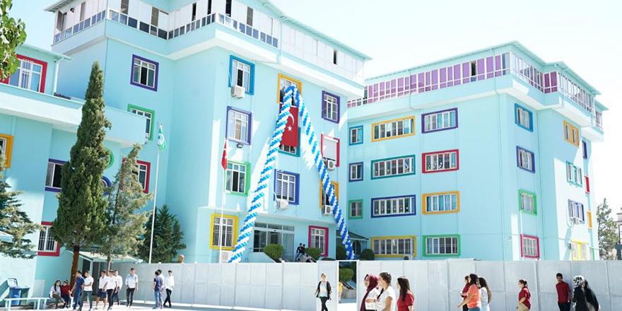 Erdem Koleji'nde gelenek bozulmadı