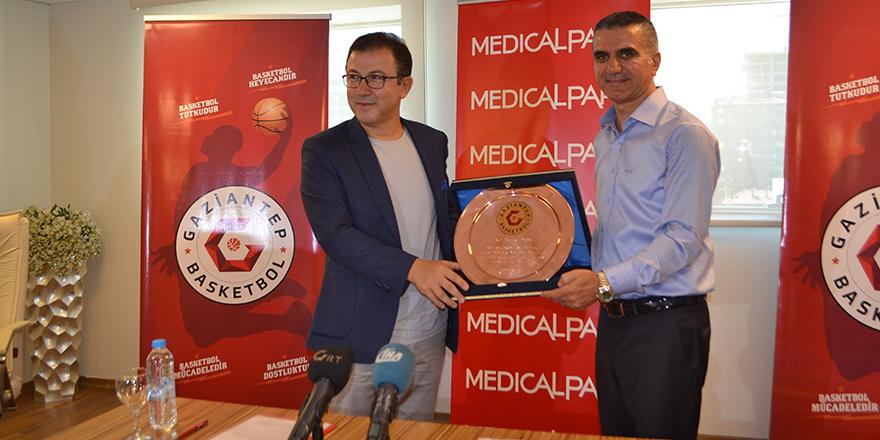 Medical Park Hastanesi, Gaziantep Basketbol'a sponsor oldu