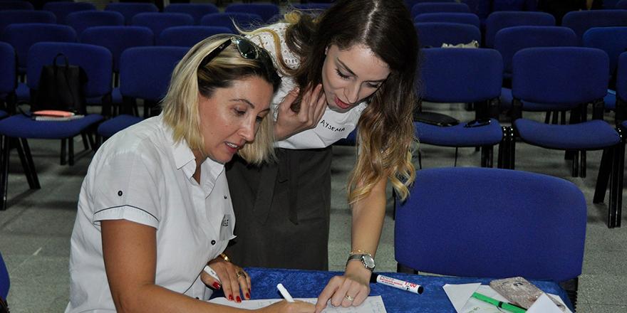 Kolej'de demokratik etkileşim semineri