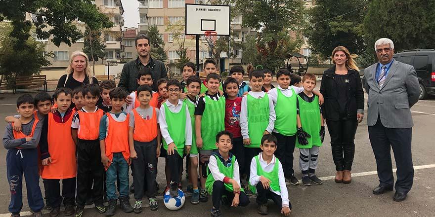Cumhuriyet Bayramı'nı futbol turnuvasıyla kutladılar
