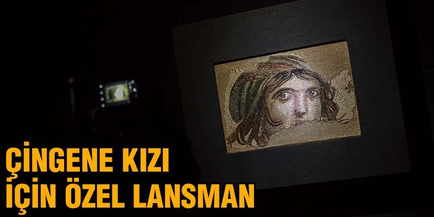 Çingene kızı için özel Lansman