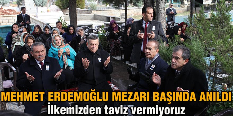 MEHMET ERDEMOĞLU MEZARI BAŞINDA ANILDI