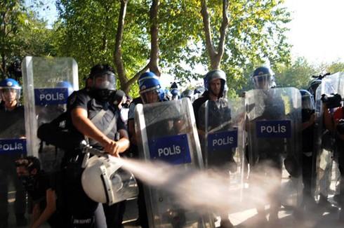 Bakandan polislere 3 uyarı