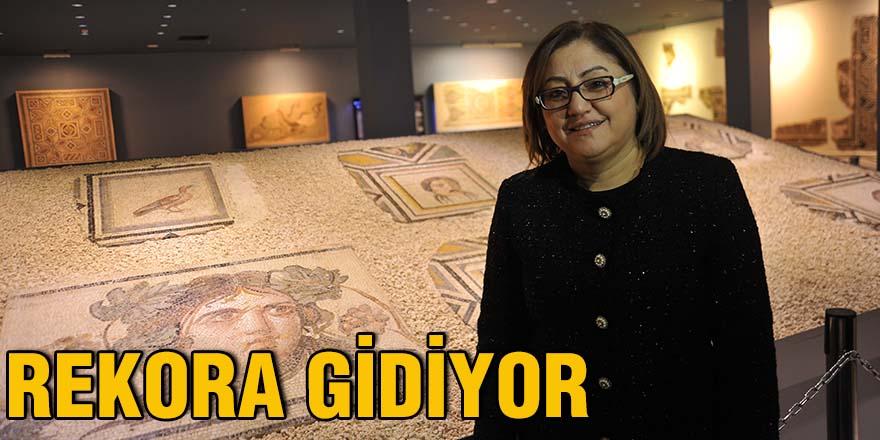 REKORA GİDİYOR