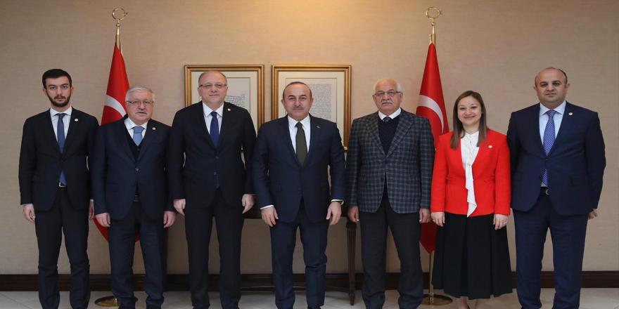 Vekillerden Çavuşoğlu'na ziyaret