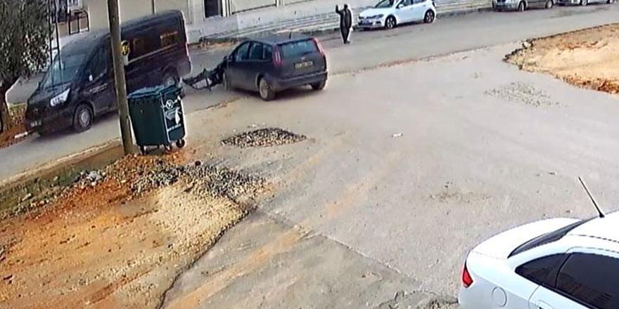 İki aracın çarpışması güvelik kamerasında