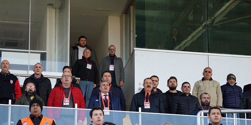 Başkan ve ekibi üzgün döndü