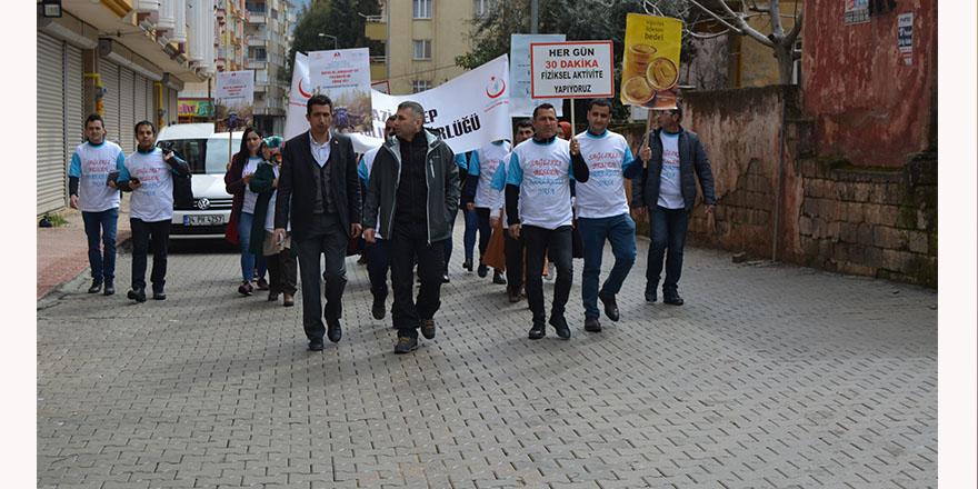 Sağlık için yürüdüler