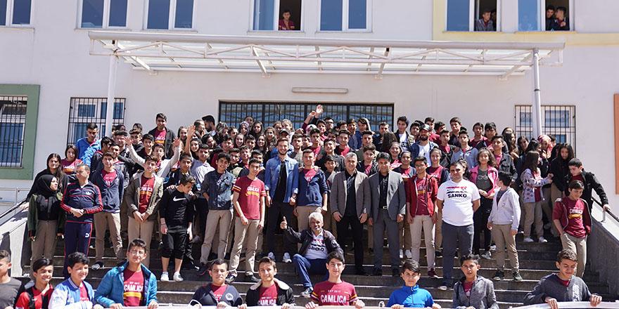 Gazişehir öğrencilerle buluştu
