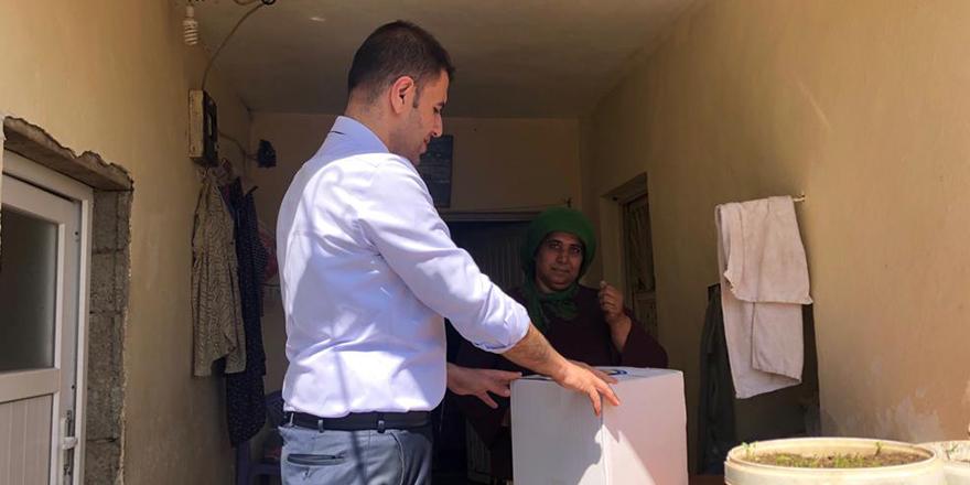 Öğretmenlerden ramazan yardımı