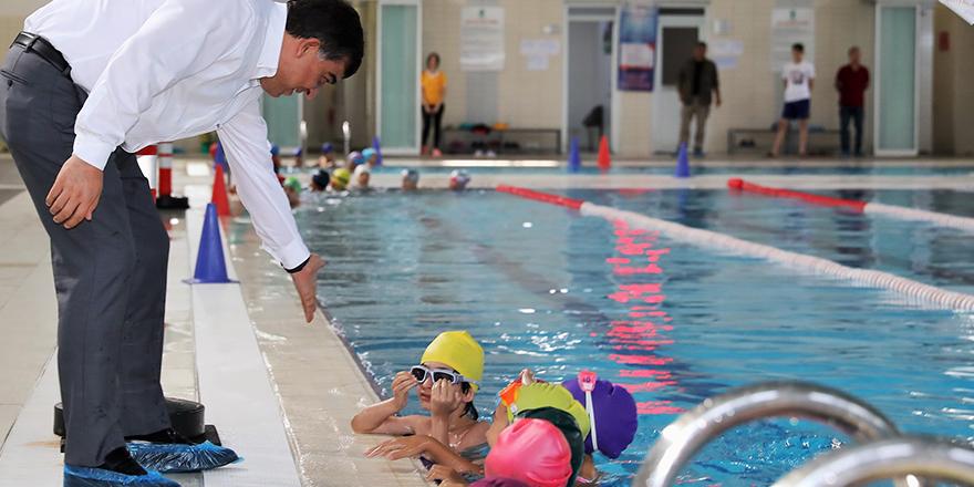 Alleben yüzme havuzlarında rekor