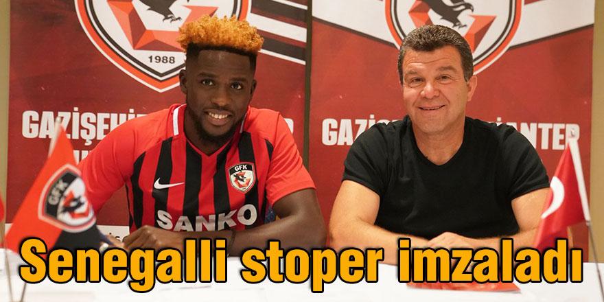 Senegalli stoper imzaladı
