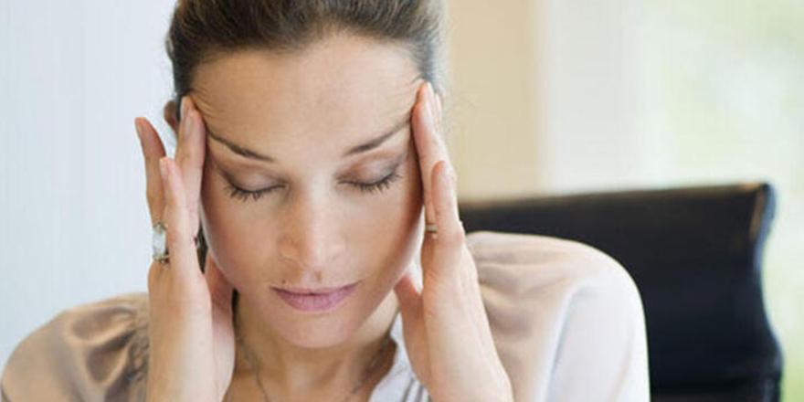 Aşırı ağrı kesici kullanımı migreni arttırıyor