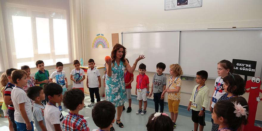 Kolej Vakfı'nda oryantasyon eğitimi