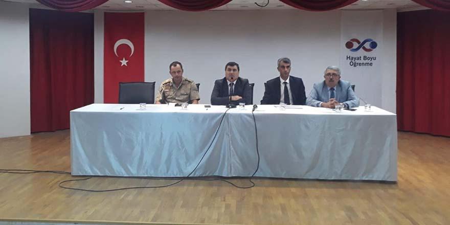 Nizip'te okul güvenliği toplantısı