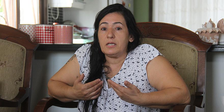 Kocasına attığı çanta silah sayıldı