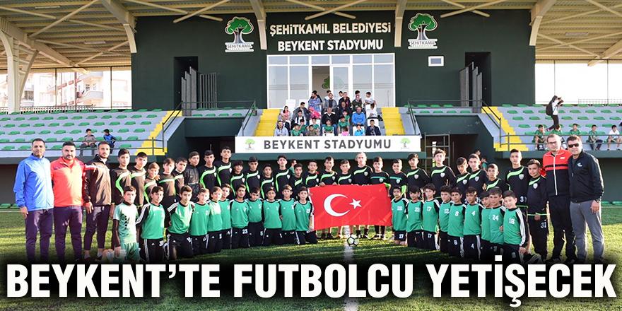 Beykent'te futbolcu yetişecek