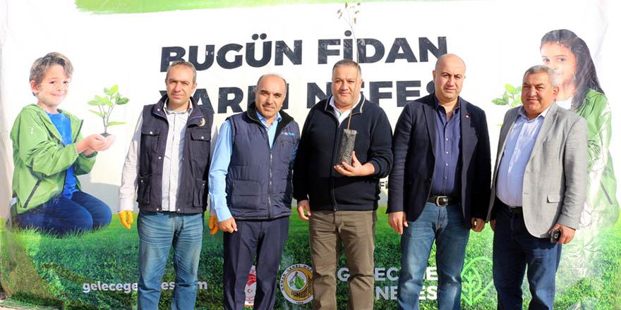 Nizip'ten ağaç kampanyasına destek