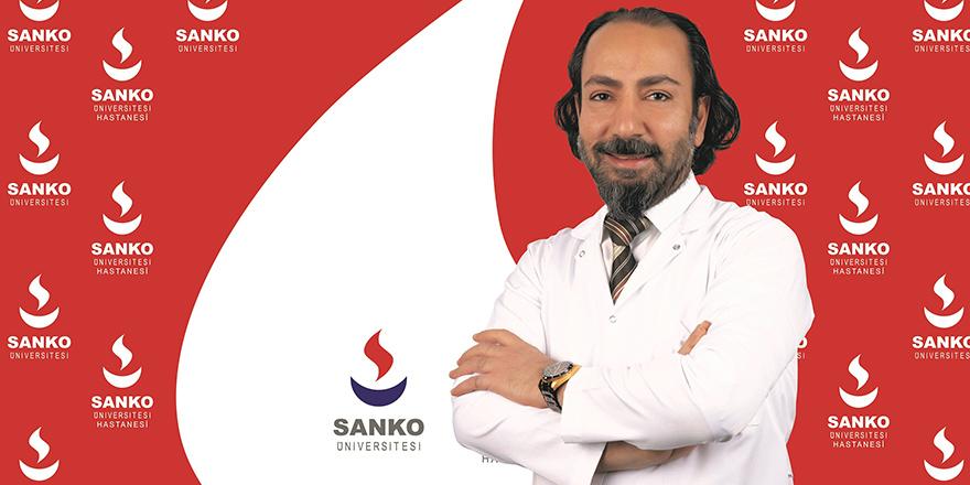 Dr. Akgül hasta kabülüne başladı