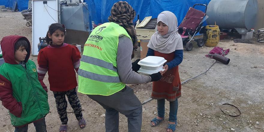 İdlib halkına gıda kömür ve battaniye yardımı