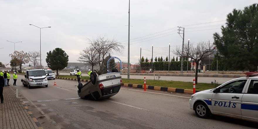 Kilis'te trafik kazası: 2 kişi yaralandı