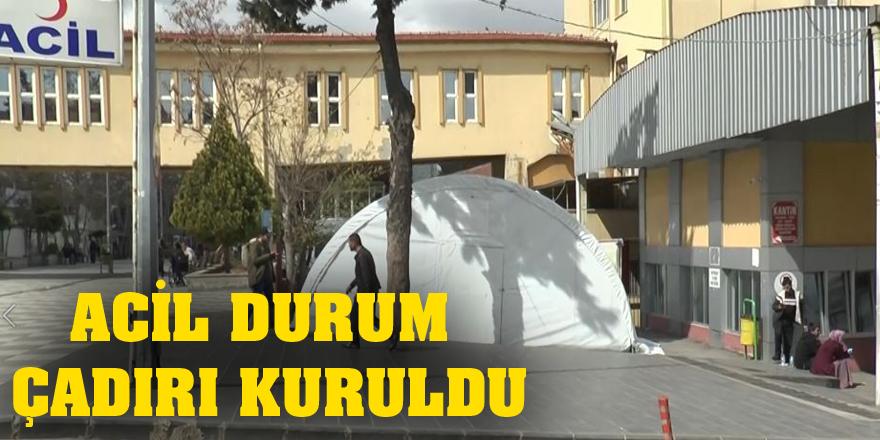 Hastane bahçelerine triaj çadırı kuruldu