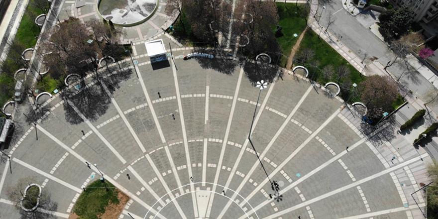 Meydanlar drone ile fotoğraflandı